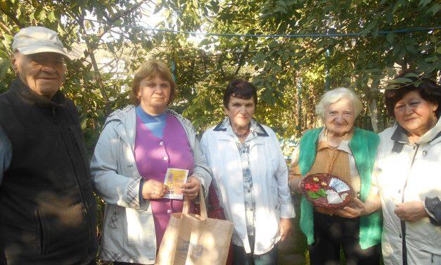 Акция к Международному дню пожилых людей «Спешим делать добро» в Вороновском районе