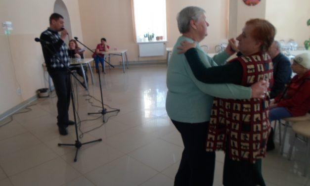 Праздничный концерт в Волковысском доме-интернате