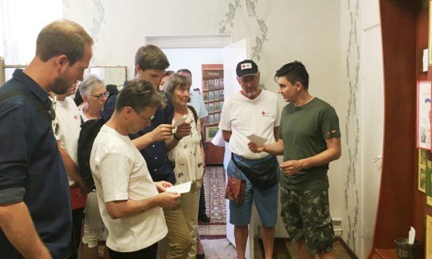 Волонтеры Датского Красного Креста посетили пожилых граждан Октябрьского района г.Гродно