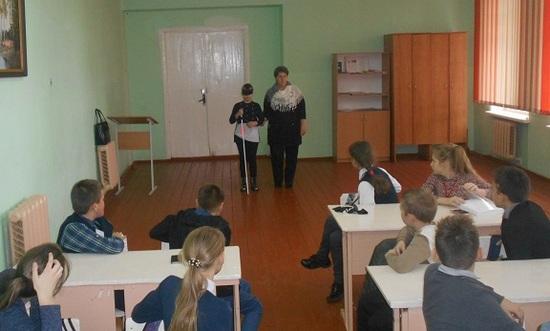 Беседа — тренинг «Протяни руку помощи» с учащимися Вороновской СШ