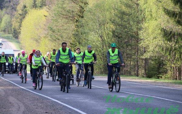 Велопробег, посвященный празднованию Дня Победы, состоялся в Новогрудском районе