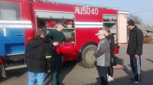 Увлекательная экскурсия в РОЧС для молодых ребят с инвалидностью Ивьевского района