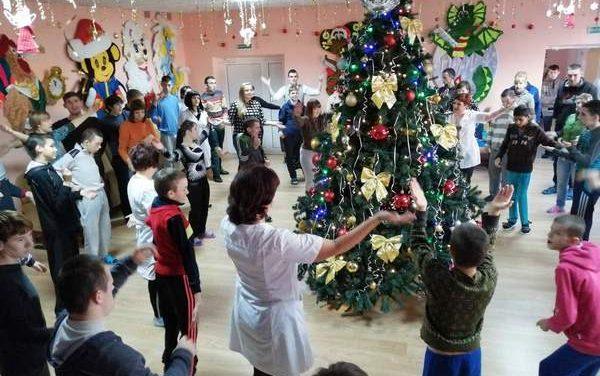 Акция «Наши дети» продолжает радовать детей Василишковского дома-интерната