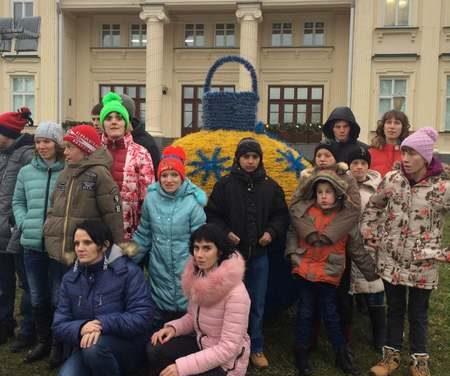 Новогодние праздники подарили воспитанникам Василишковского дома-интерната множество радостных мгновений