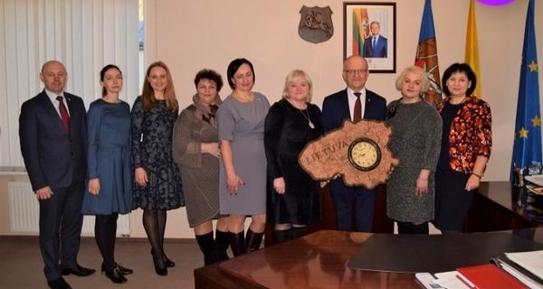 Визит представителей социальных службНовогрудского района в литовский город-побратим Пренай