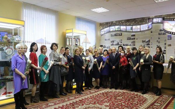 Торжественный прием ко Дню матери в Новогрудском районе