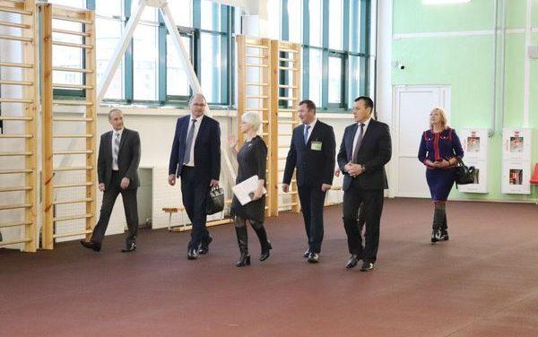 Заместитель министра труда и социальной защиты Беларуси Валерий Ковальков посетил Новогрудский район