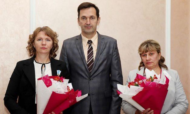 Две женщины Ивьевского района награждены орденом Матери