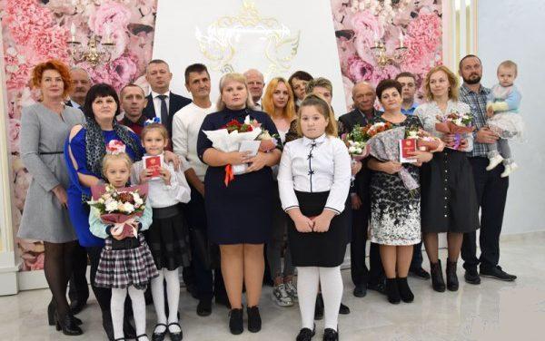 Ордена Матери удостоены пять многодетных матерей Волковыщины