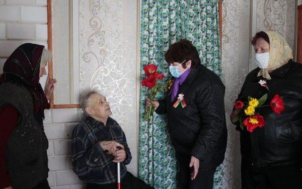 Визит милосердия пожилых граждан Зельвенского ЦСОН