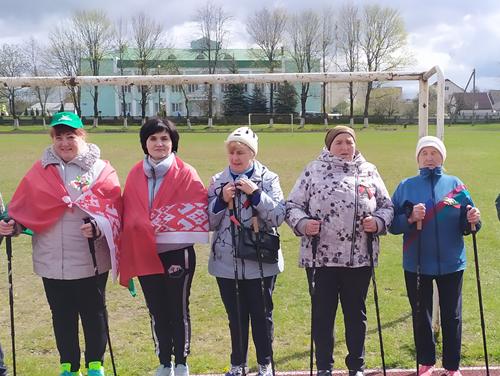 Участие пожилых ивьевчан в праздновании дня государственной символики Республики Беларусь